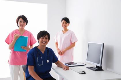 看護師 年収 年代別